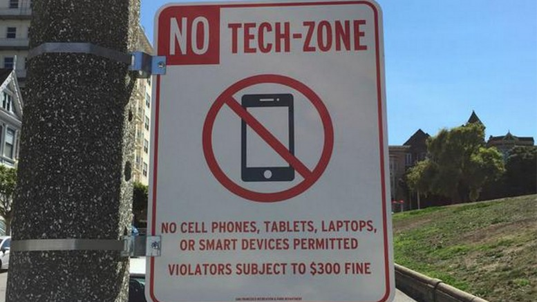 Hoodline on Twitter_ _Photo_ _No Tech-Zone_ Signs Appear Near Alamo Square_ http___t.co_MPQHlc1yoY http___t.co_C9cnSAjv95_